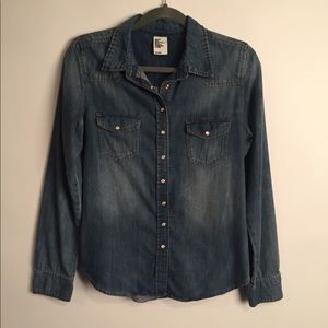 H&M denim button down shirt EUC 8